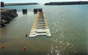 Porto de Pesca da Quarteira - Regularização do fundo e montagem de blocos